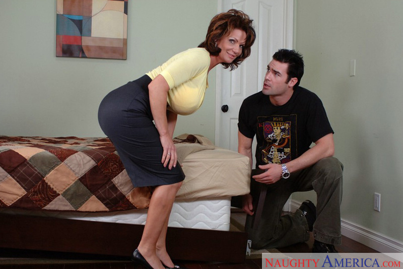 Shaved MILF Deauxma fucking in the bedroom with her big ass - Sex Position 1