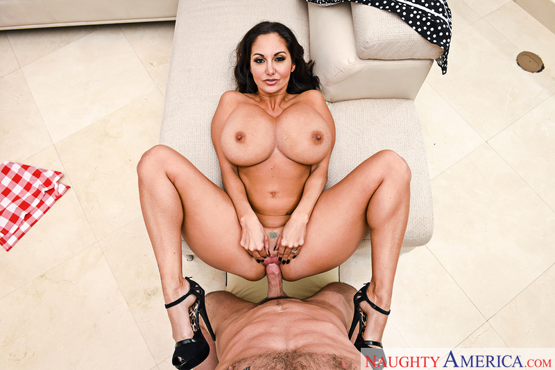 Wife Ava Addams fucking in the den with her natural tits - Blowjob