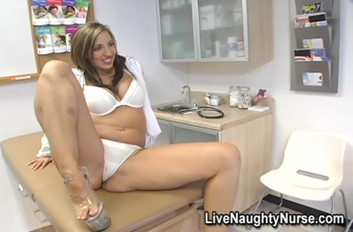 Watch Kelly Divine video in Live Naughty Nurse
