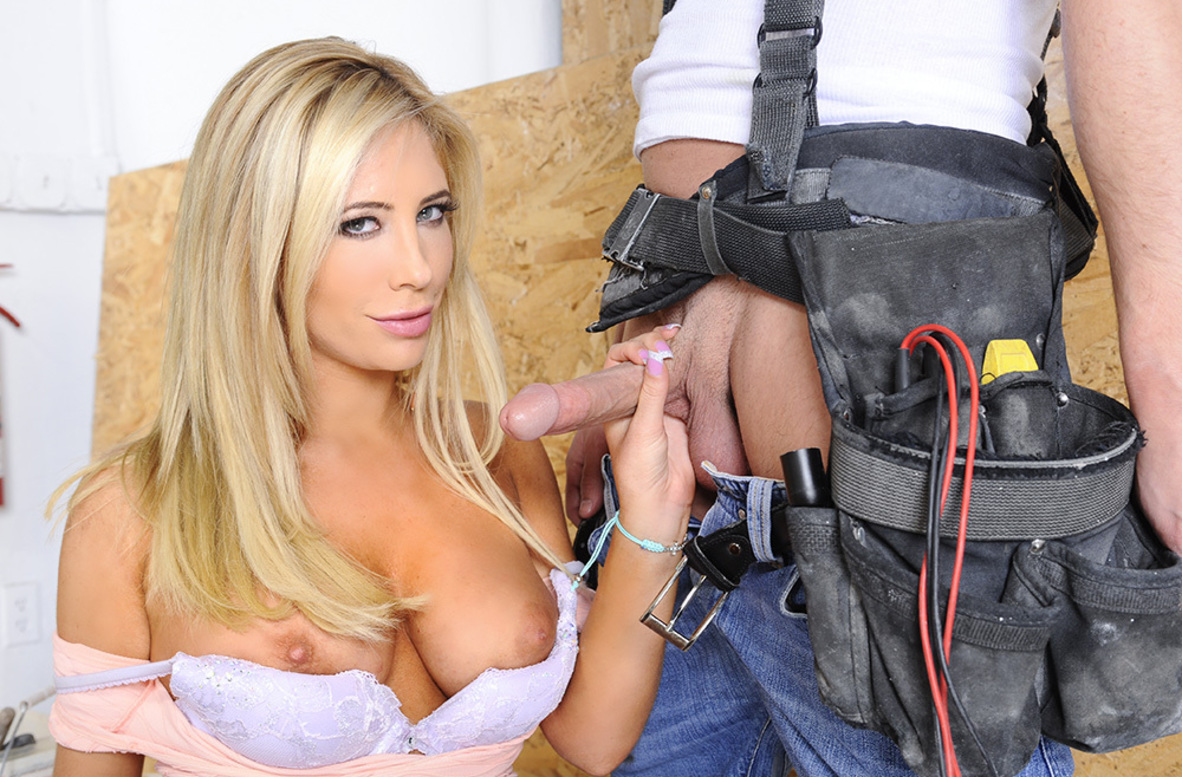 Watch Tasha Reign and Seth Gamble 4K video in My Dad's Hot Girlfriend