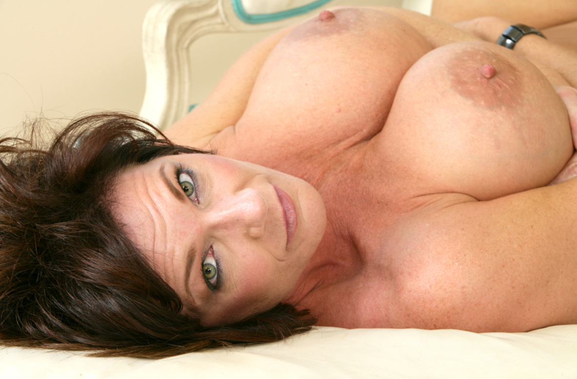 Watch Deauxma and Chris Strokes video in My Friend's Hot Mom