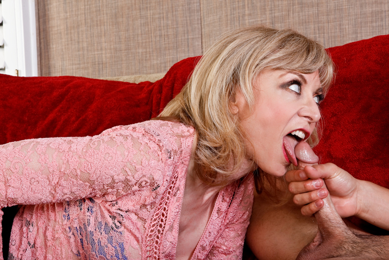Nina Hartley Blowjob Swallow