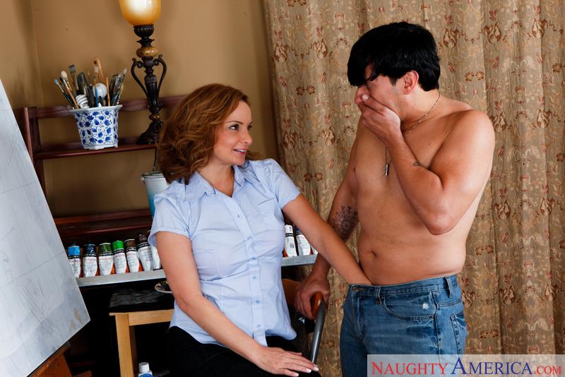 American mom nude pics 14