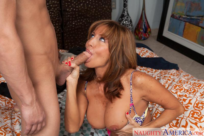 Tara Holiday  Bruce Venture In My Friends Hot Mom -6818