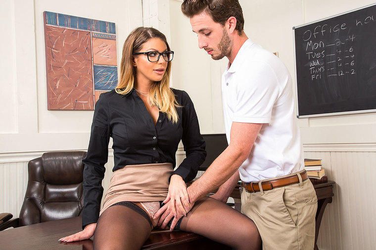 A hard(-on) lesson from busty college teacher Brooklyn Chase