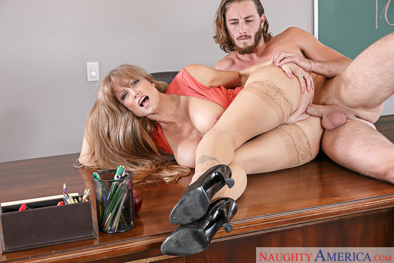American Darla Crane fucking in the desk with her tattoos - Sex Position 3
