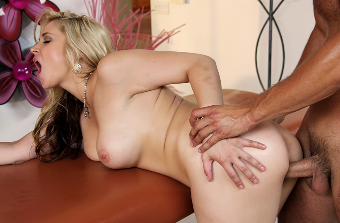 Watch Sarah Vandella and Danny Mountain video in My Naughty Massage