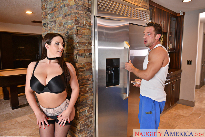 Angela White fucking in the kitchen with her bubble butt - Sex Position 1