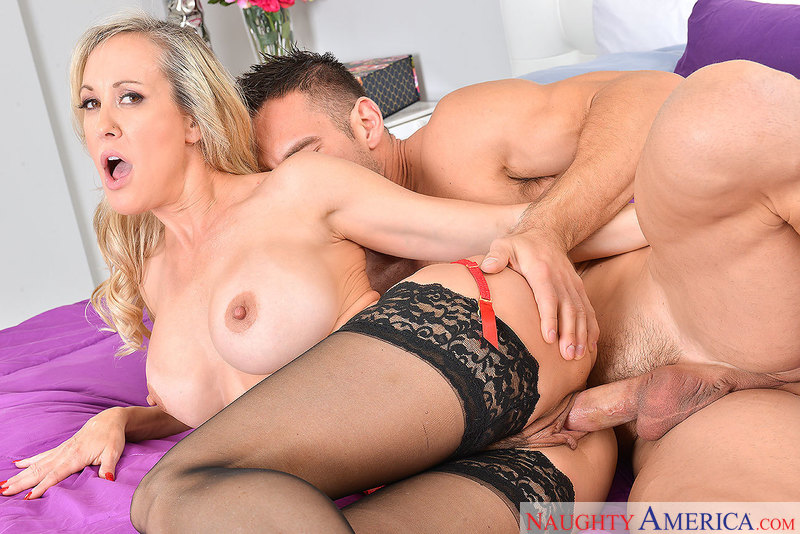Naughtyamerica – BRANDI LOVE & JOHNNY CASTLE Site: Dirty Wives Club