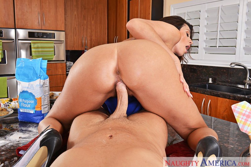 Ariella Ferrera fucking in the chair with her tits vr porn - Sex Position 3