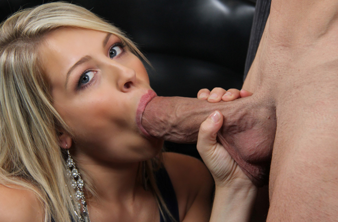 Watch Zoey Monroe and Billy Glide video in Naughty Athletics
