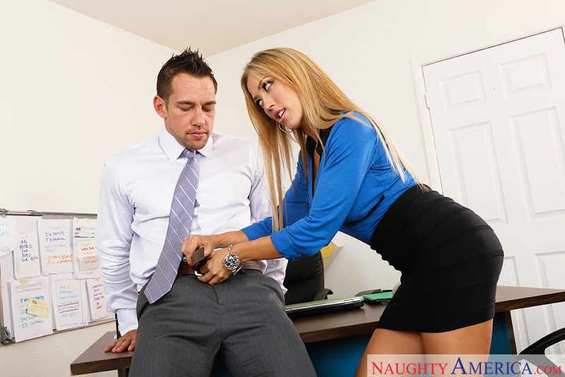 image Lawyer fucks his client who is separating