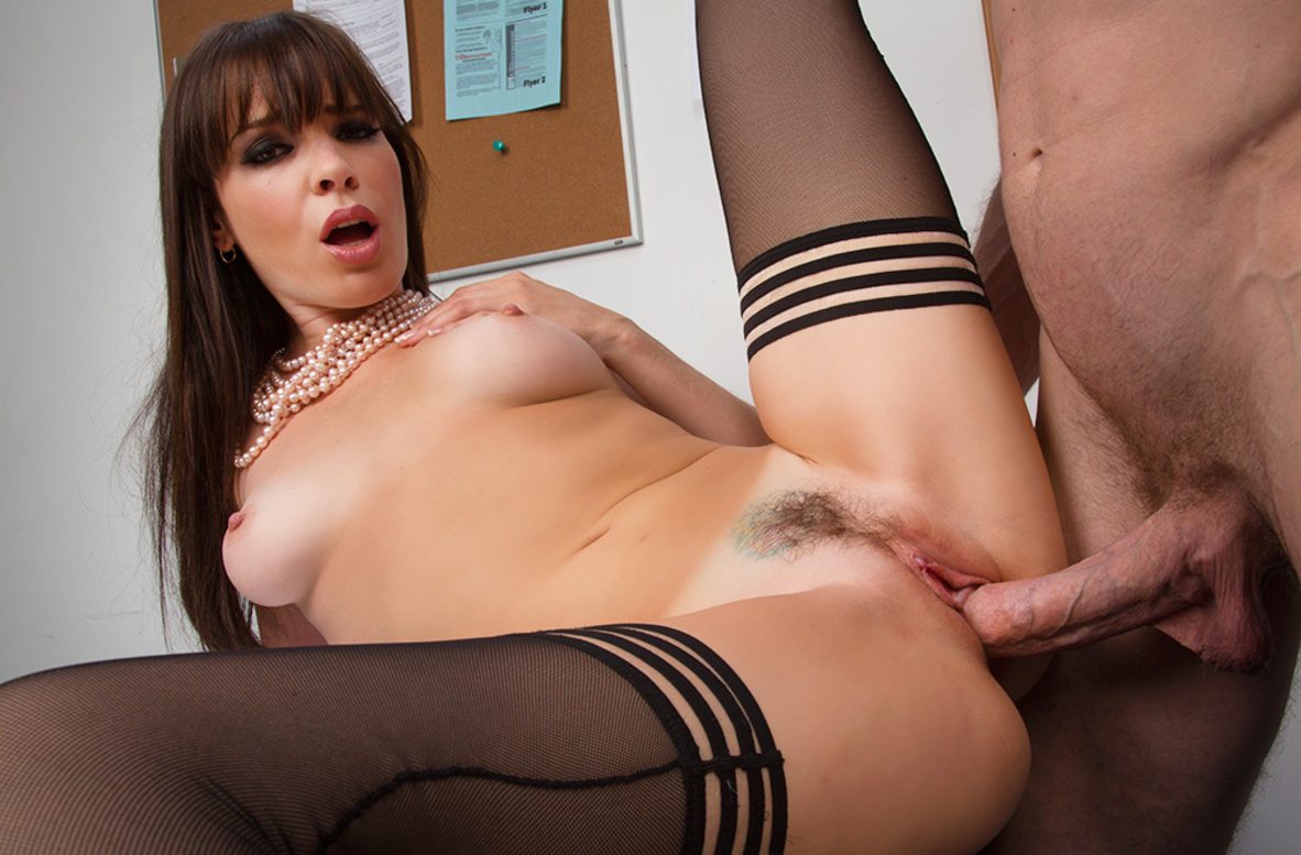 Watch Dana DeArmond and Jordan Ash video in Naughty Office