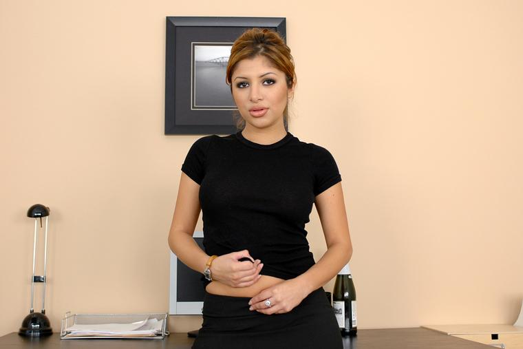 Lorarow First Bulgarian Pornstar