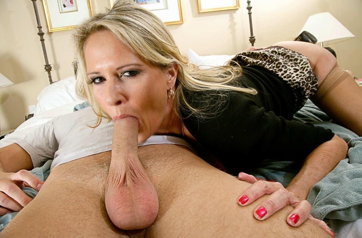 Watch Bridgett Lee and Danny Wylde video in Seduced By A Cougar