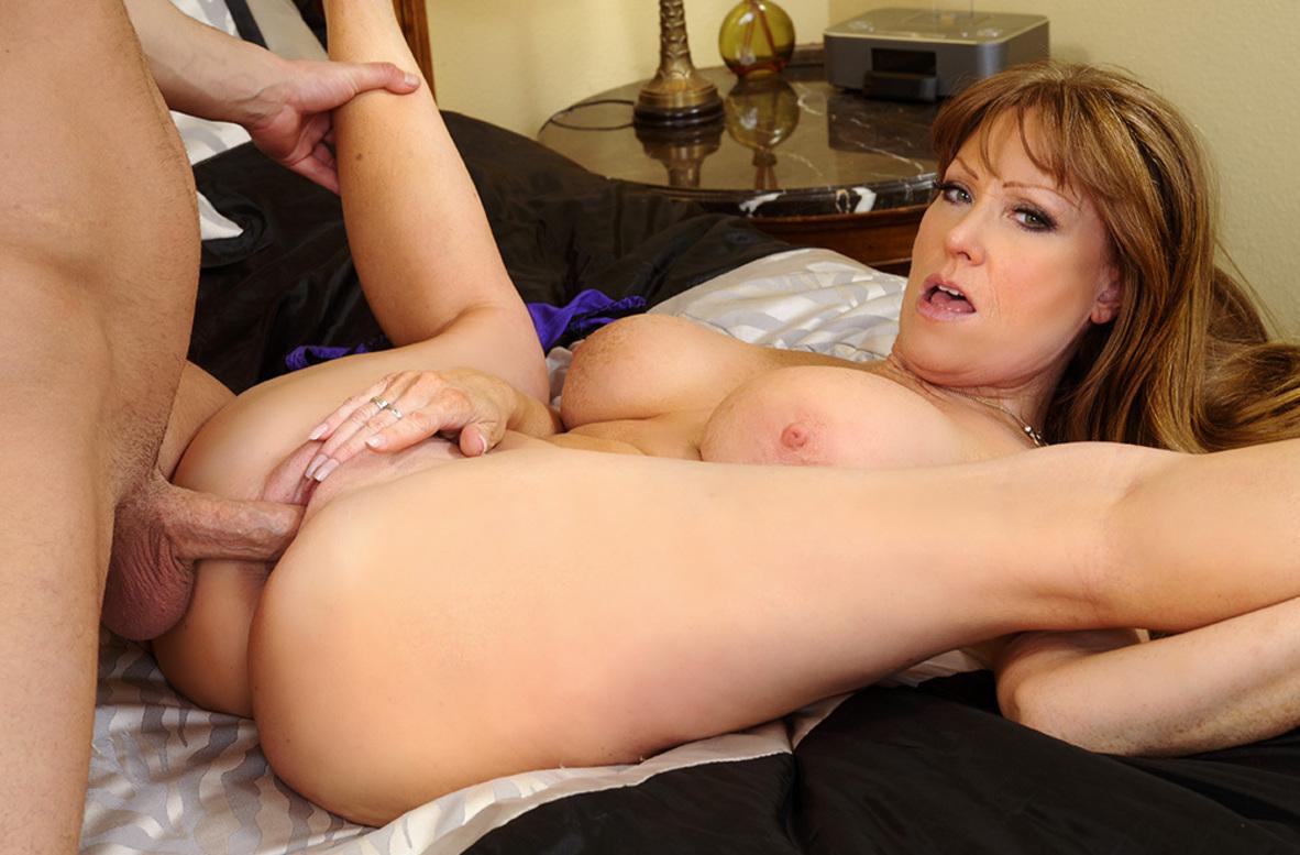 Play Porn Movie Watch Darla Crane And Seth Gamble K Video In Seduced By A Cougar